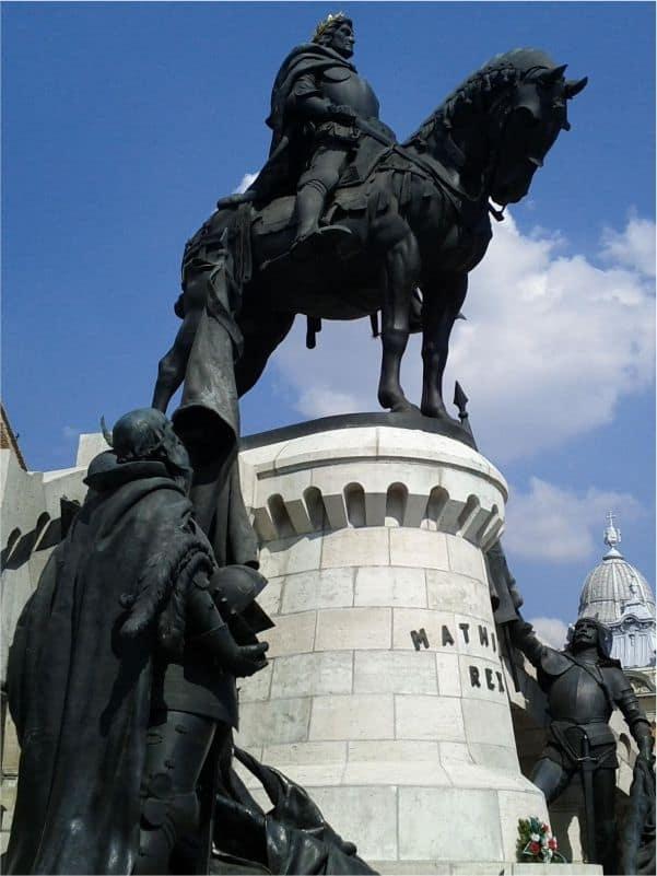 Ansamblul monumental Matei Corvin